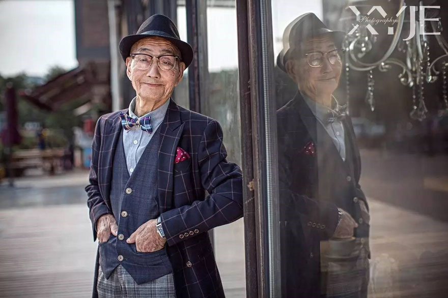 grandson-transforms-grandfather-fashion-trip-xiaoyejiexi-photography-9